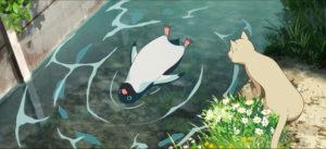 川に浮かぶペンギン