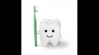 歯ブラシを持った歯のイラスト
