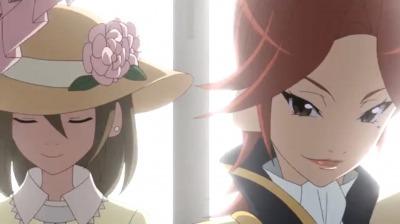 黒服の王子姿の母と深窓の令嬢風の矢三郎