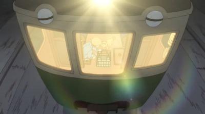 矢二郎の偽叡山電車に乗る矢三郎と矢四郎