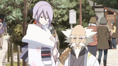 八坂神社に初もうでに来た弁天と赤玉先生