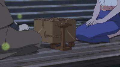かみつき跡がある将棋盤を挟む矢一郎と玉瀾