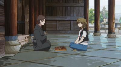 将棋盤を挟み向かい合う矢三郎と南禅寺正二郎