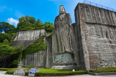 大谷寺の平和観音